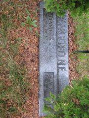 Wintrone-Bennie tombstone