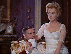 Laurence Olivier and Marilyn Monroe in The Prince and the Showgirl trailer 2