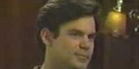 Pierce Dorman (Tuc Watkins)
