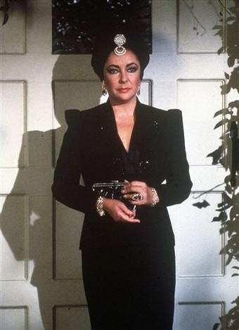 File:Helena-ElizabethTaylor-1981.png
