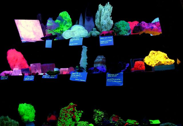 File:Fluorescent mineral collection.jpg