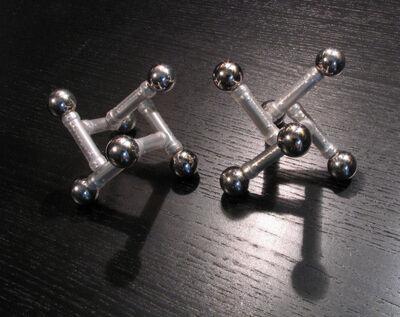 Alt tetrahedra