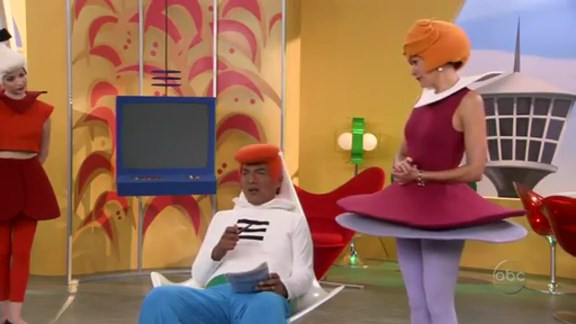 File:Ep 4x5 - George and Angie as the Jetsons.jpg