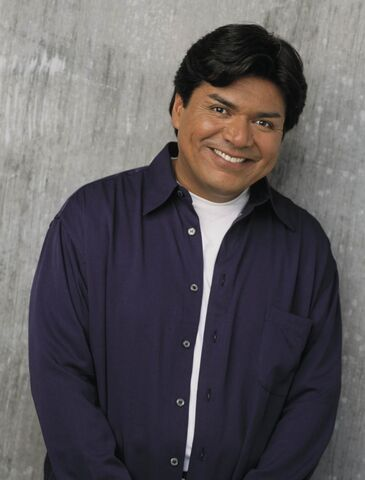 File:George-lopez-2002-tv-19-g.jpg