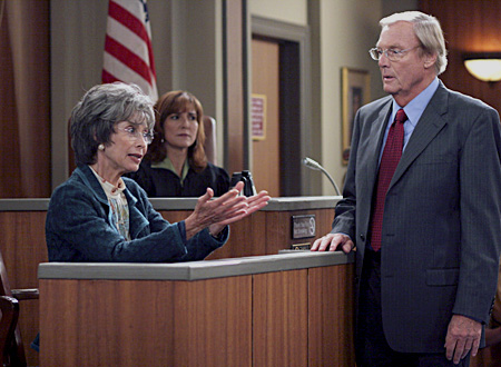 File:Ep 6x1 - Benny's mom Luisa for the defense.jpg