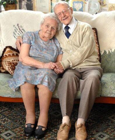 File:Ralph and Phyllis Tarrant.jpg