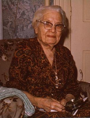 File:Bessie Bettencourt.png