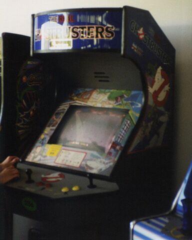 File:RGB Arcade Mark Brown June 1997 img2.jpg