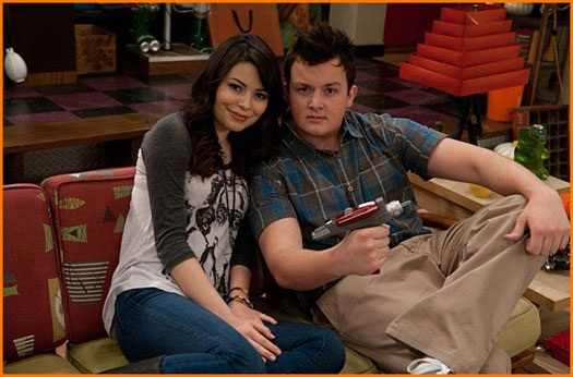 File:Carly and Gibby.jpg