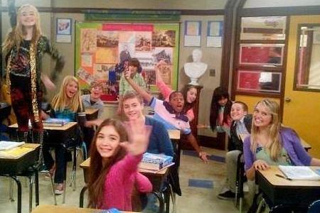 girl meets world pilot wiki The central character of girl meets world, cory matthews, riley's father, and the original pilot with teo halm playing the role, was shot in march of 2013.