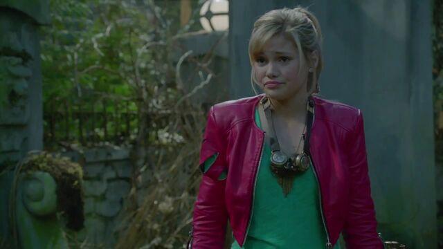 File:Olivia Holt Stars As Skylar - Girl vs Monster - Disney Channel Official mp4 000029654.jpg