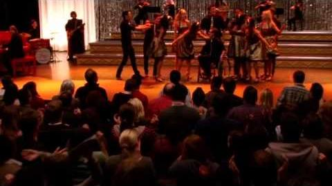 File:Glee - Don't Stop Believin'