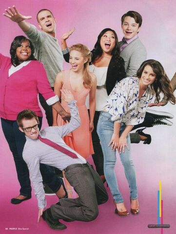 File:Cory-monteith-lea-michele-glee-nationals-300x300.jpg