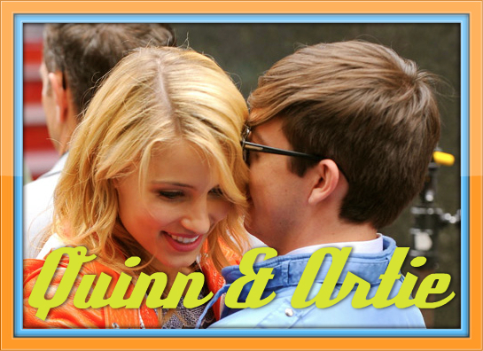 File:Dianna Agron and Kevin McHale in Times Square on April 25, 2011.jpg