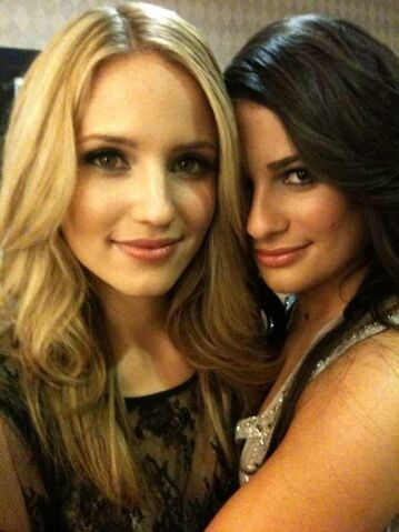 File:Glee Dianna and Lea.jpg