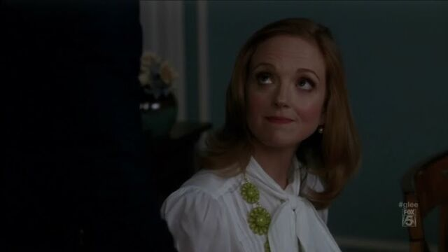 File:Emma Pillsbury Kate Spade Glossy Garden Necklace Bow Blouse 2.jpg