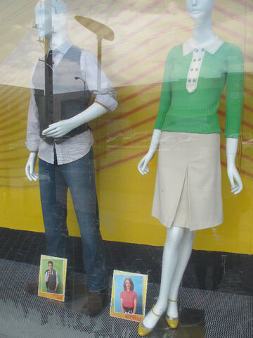 File:Will emma macy's clothes.jpg