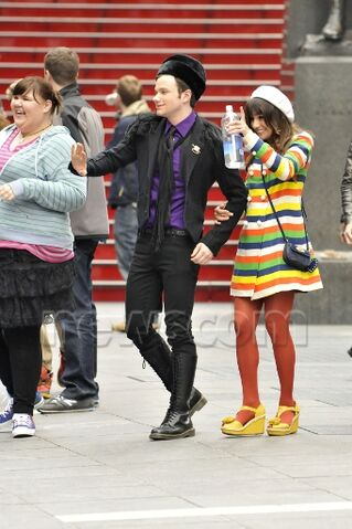 File:Chris and his illegal legs - glee in nyc.jpg