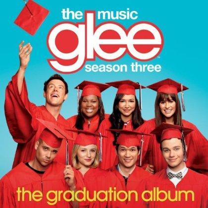 File:Glee-the-graduation-album 420x420.jpg
