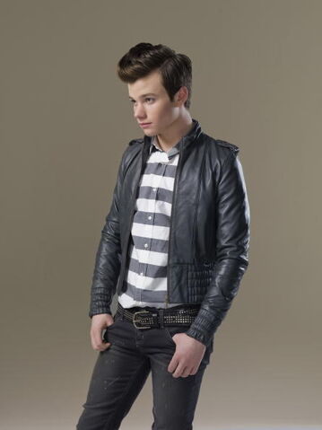 File:H-Magazine-Photo-Shoot-chris-colfer-9369897-445-594.jpg