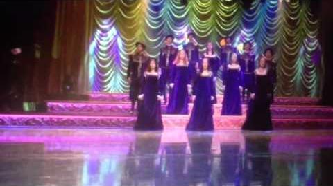 Glee - She Walks in Beauty
