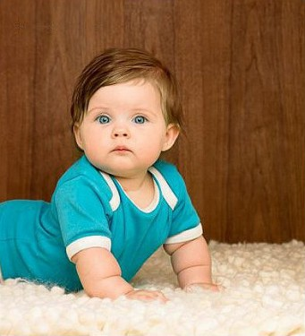 File:Green-eye-cuddly-baby-girl1-341x375-1-.jpg