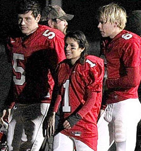 File:Glee-super-bowl.jpg