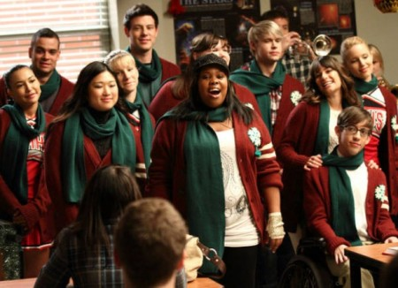 File:Glee 2x10 a very glee christmas episode snapshot-450x326.jpg