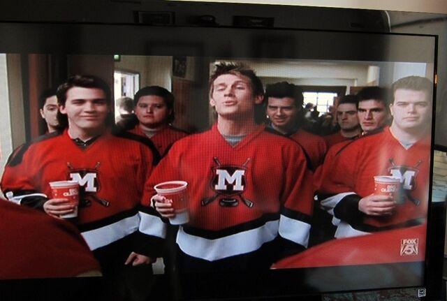 File:Glee-hockey-team.jpg