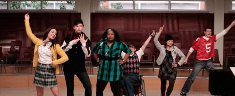 File:Glee-s01e02.jpg