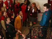 Glee-kurt-blaine-season-5-premiere-love-love-love-the-beatles-600x450.jpg