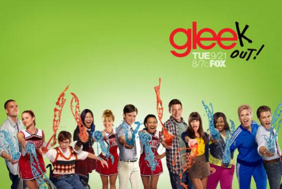 File:Glee-season-2-poster.jpg