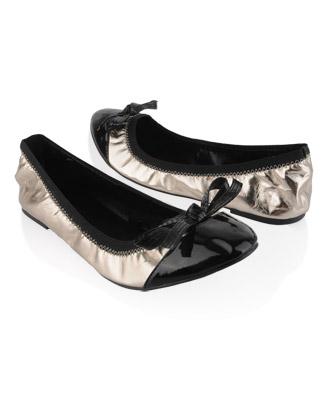 File:Santana shoes.jpg