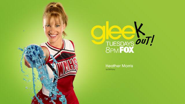 File:Glee-Season-2.-glee-15799705-1920-1080.jpg