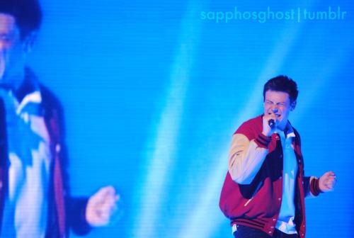 File:Cory-Monteith-Boston-Glee-Live-glee-22729012-500-336.jpg