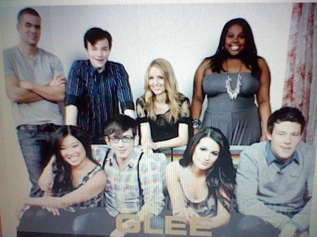 File:Glee Gang.JPG