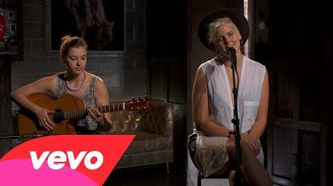 Betty Who - Somebody Loves You – Vevo DSCVR (Live)