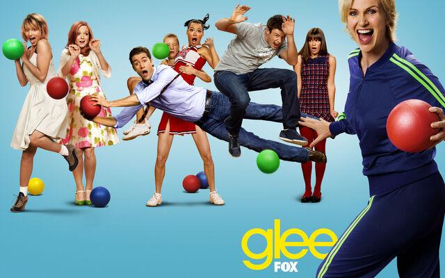 File:Glee blue 1680x1050.jpg