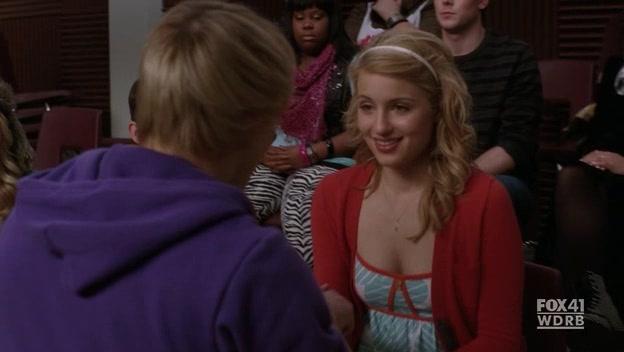File:Glee.S02E13.HDTV.XviD-LOL.-VTV- 1469.jpg
