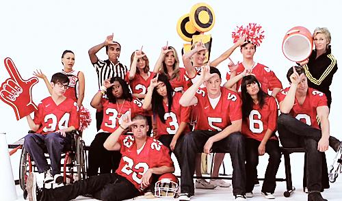 File:Glee Cast gleePNG.png