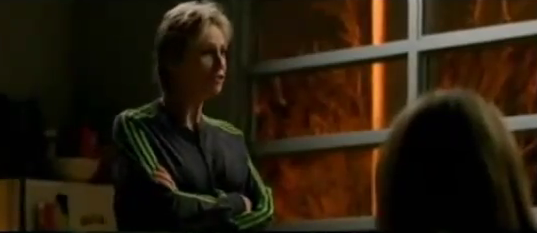 File:Sue talking to the Legion.png