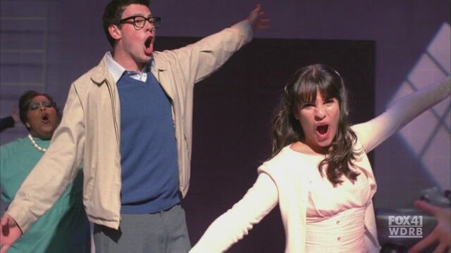 File:2x05-The-Rocky-Horror-Glee-Show-rachel-berry-16776441-1580-888.jpg