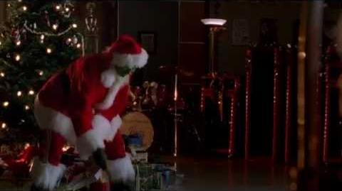 GLEE - You're A Mean One, Sue The Grinch (Full Performance)