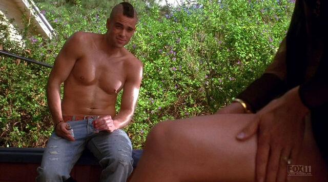 File:Puck shirtless.jpg
