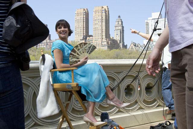 File:Glee-nyla-gallery-10-2011-a-l.jpg