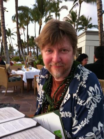 File:Brad with Hawaiian T-Shirt.png