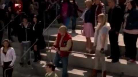 Glee - Somewhere Only We Know (full performace)- YouTub