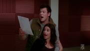 1x12 Finn and Rachel in Smile