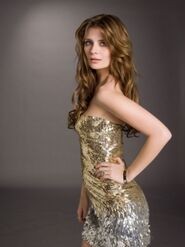 100680 mischa-barton-as-troubled-model-sonja-on-the-cws-the-beautiful-life