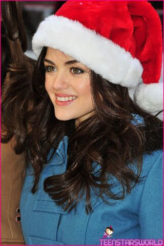 File:Lucy-Hale-ABC-25-Days-Of-Christmas-Sweetie-8.jpg